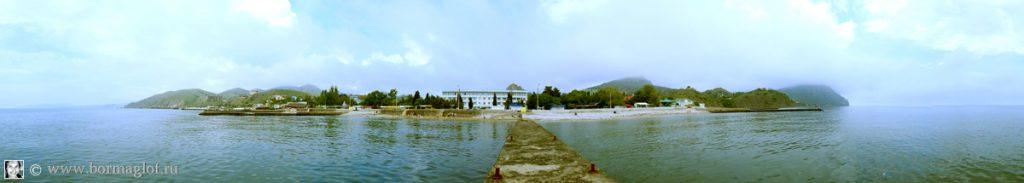 Вид на набережную и пансионат «Крымское приморье» со стороны моря. Туман