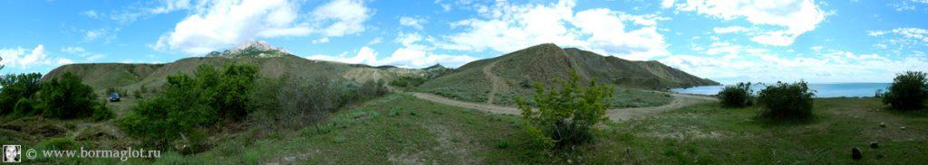 Вид из бухты Лисья в направлении пгт Курортное