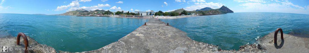 Вид на набережную и пансионат «Крымское приморье» со стороны моря